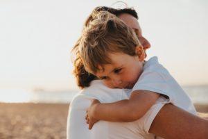 多い、子どもと過ごす時間、逃す、後悔、親