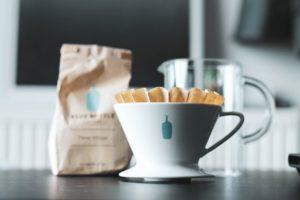 コーヒーの味にこだわる、スタバ、ブルーボトルコーヒー、品川