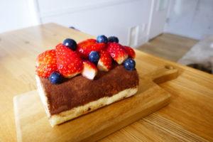 札幌、人気イタリア料理店、イルピーノ、ティラミスロールケーキ