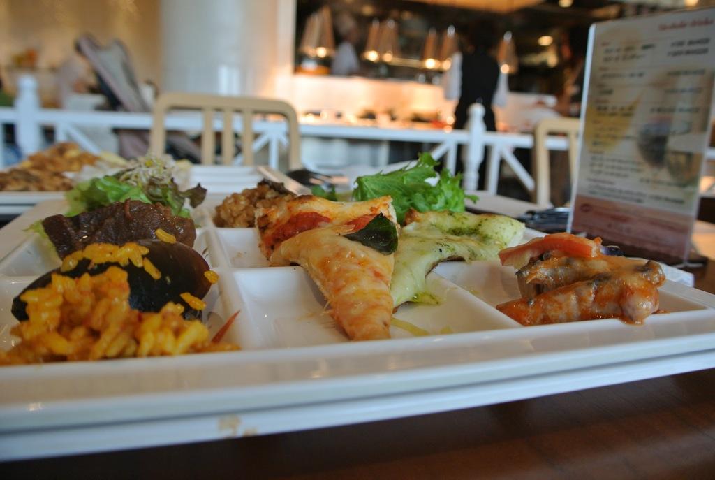 みなとみらい、美味しい、安い、レストラン、プレミアムビュッフェ、ハーブス