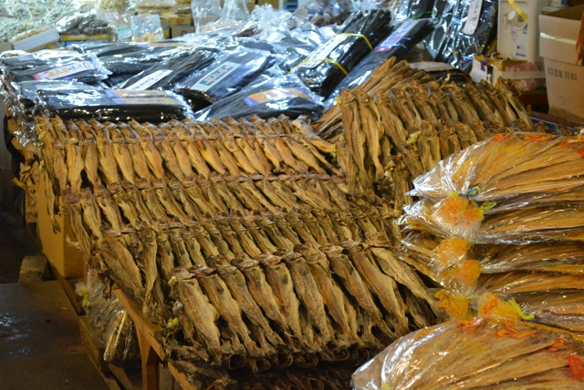 韓国、最大卸し市場、中部市場、安いお土産