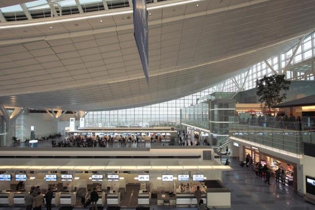 羽田空港国際線ターミナル、ロイヤルパークホテル