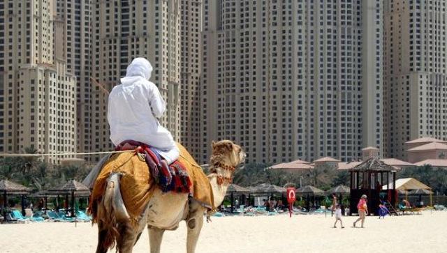 アラブ首長国連邦ドバイ、アブダビ、高級、生活、旅行、比較