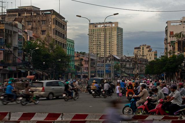 ホーチミンシティー、イオンモール、ベトナム、建設ラッシュ