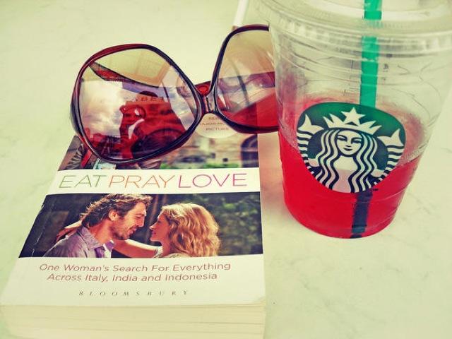 食べて、祈って、恋をして、映画、自分探しの旅、世界旅行、本