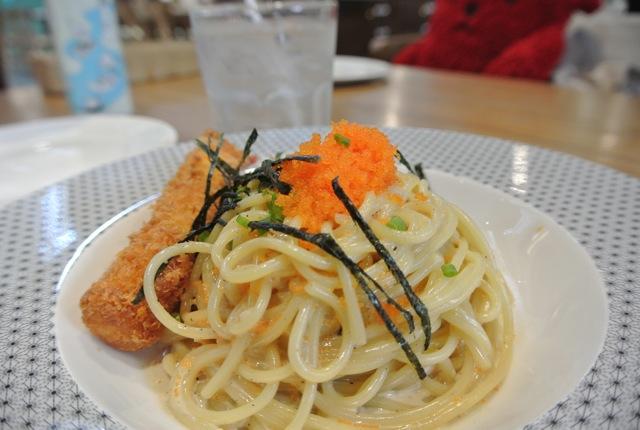 タイ人に人気、オンザテーブル・東京カフェ、セントラルワールド