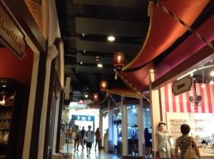 バンコク、アソーク、ターミナル21、世界を旅する気分