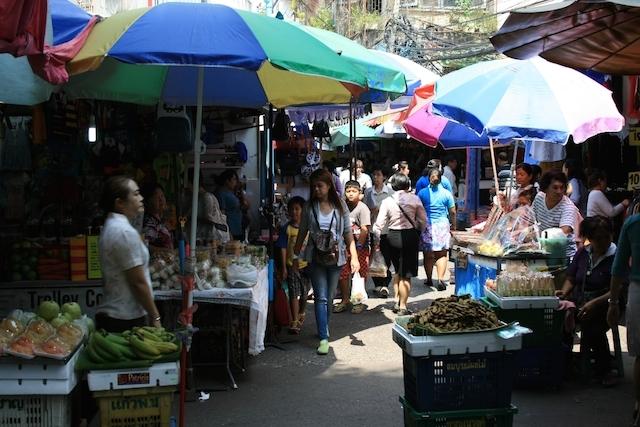 日本政府、ビザ免除、タイ人の不法就労、問題