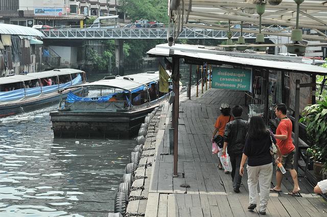 日系企業タイに進出、急成長、SNS目的の商業施設
