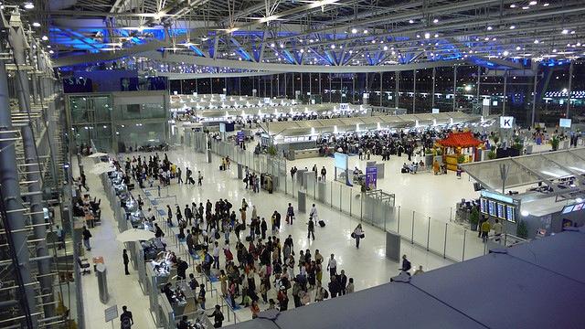 スワンナプーム国際空港、2016年オープン、モデルは香港空港