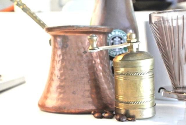 休日、友人を招待、ペーパードリップ、美味しいコーヒー、ワンランク上