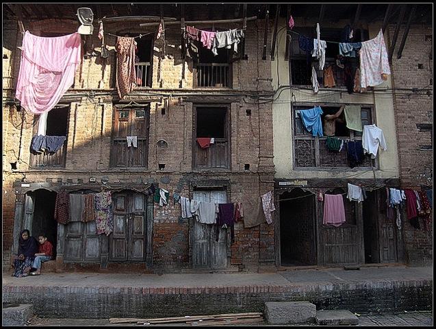インド人の間違ったHIVの知識、ネパール人、少女売春、卑劣