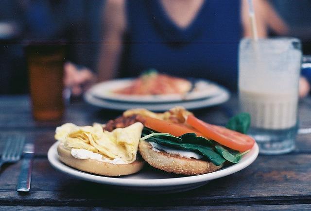 ニューヨーク、食の発信地、チェルシー・マーケット、ハイブリットフード、世界の朝食、生まれる