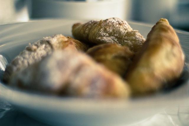広島のパン屋さん、麦麦、ハイブリットスイーツ、クロワッサンとクッキー、クロッキー、新食感