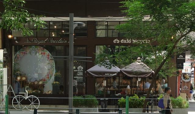 カフェバイセクル、バンコク、プルンチット、サンドイッチ、外国人、人気、お洒落カフェ