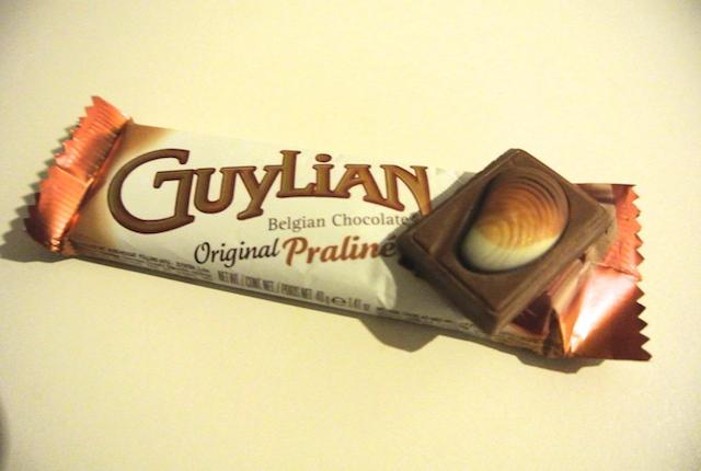 世界3大プレミアム・チョコレート、空港、免税店、貝殻形、ギリアン