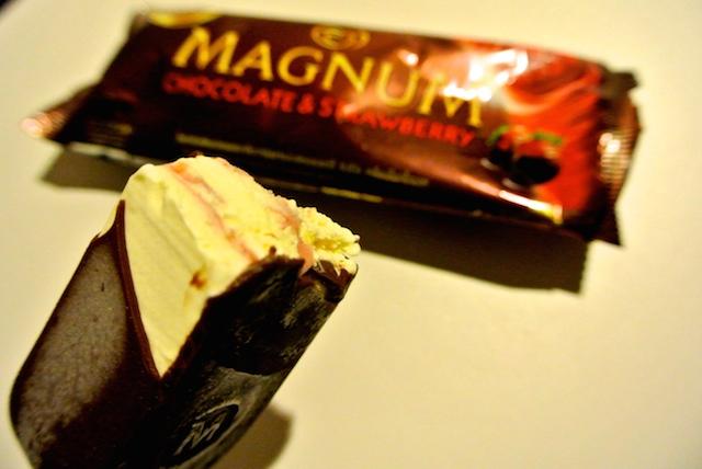 タイ人にも人気、ウォールズ社のマグナム、リッチ、アイスクリーム