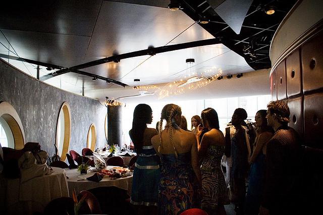 タオ、トップモデル、ファッションコレクション、自分らしさ、ランウェイ