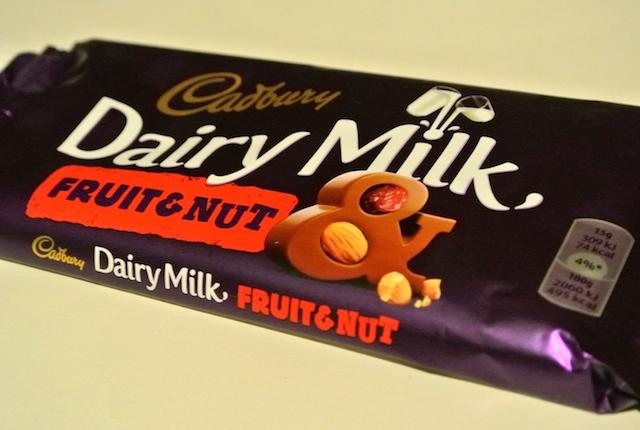 キャドバリー、デイリーミルク、フェアトレード、チョコレート、イギリス