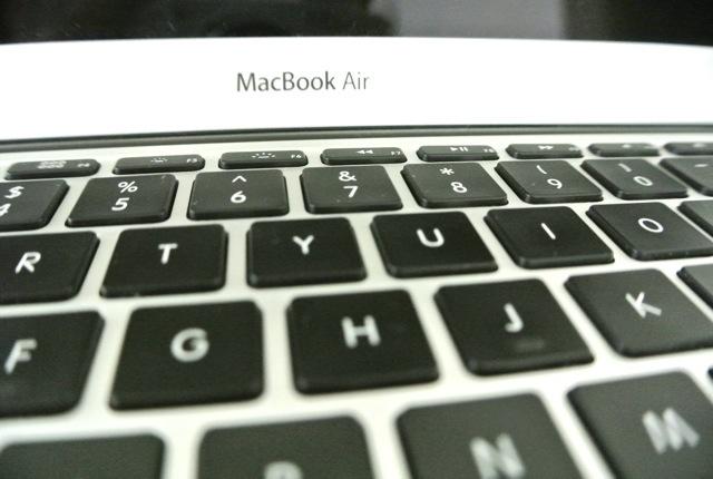 アイサーブ、アップル製品、故障、アマリンプラザ、チットロム、タイ