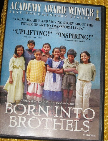 未来を写した子どもたち、インドの実情、ドキュメンタリー映画