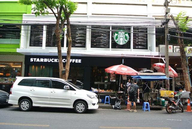 シーロム、コンベント通り、外国人好み、お洒落カフェ、バー、オープンラッシュ