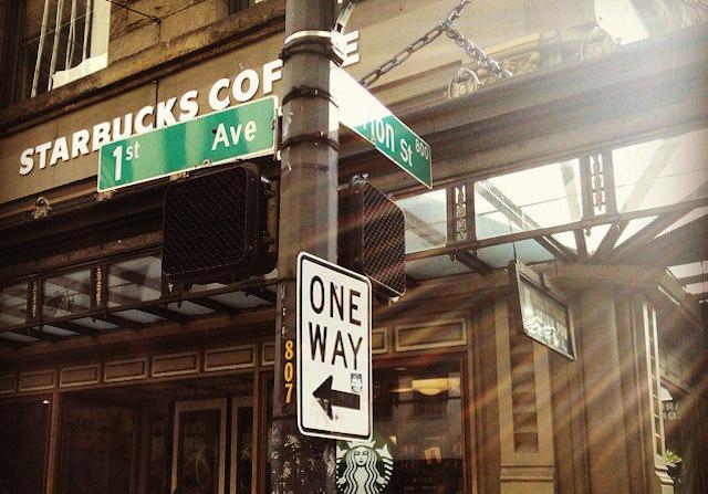 アメリカ、スターバックスコーヒー、携帯アプリ、決済できる、サービス