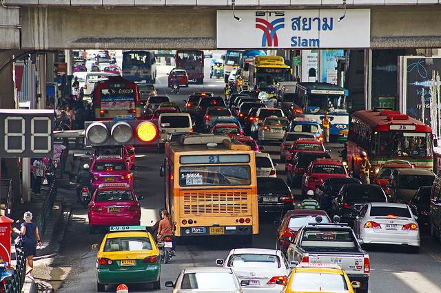 タイ、バンコク、世界で最も渋滞が深刻な国