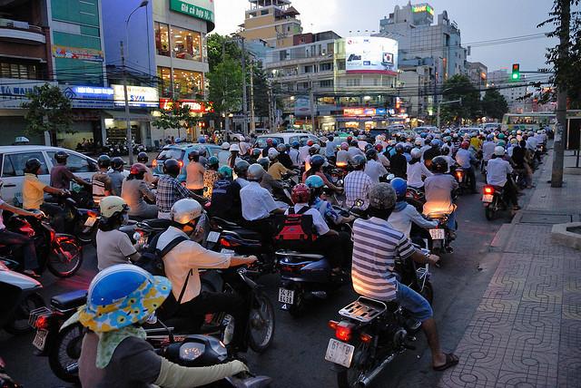 肥満児、貧困、格差社会、社会問題、タイの経済発展