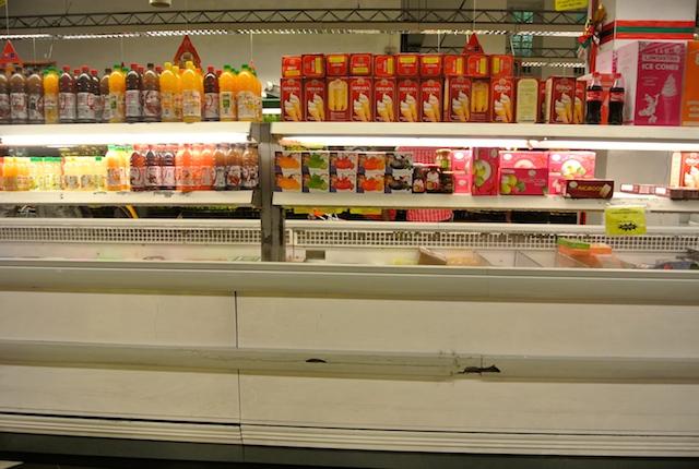 便利なスーパーマーケット、フードシティー、スリランカチェーン店、お土産に最適