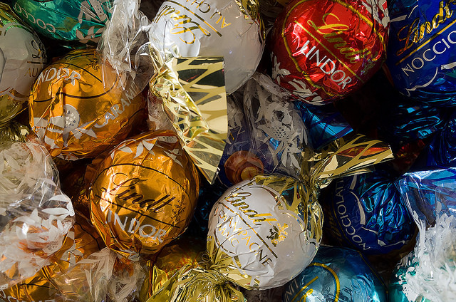 リンツの歴史、スイスチョコレート、バレンタイン、ホワイトデー、リンドール