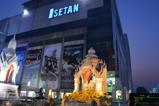 大都会バンコク、パワースポット、タイ人が信仰する神様