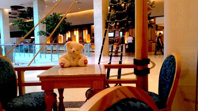 テディベア、おもちゃ、メルヘンチックなカフェ、ミスタージョーンズ オーファネージ、タイ人好み、アメリカンスイーツ