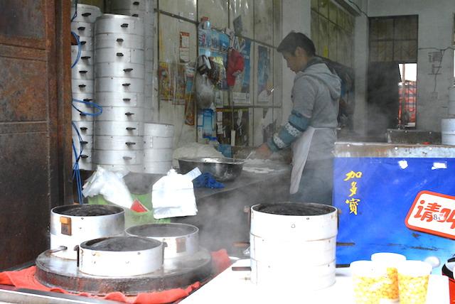 雲南省の名物料理、本格的な四川料理、北京料理、雲南省のグルメ、まとめ