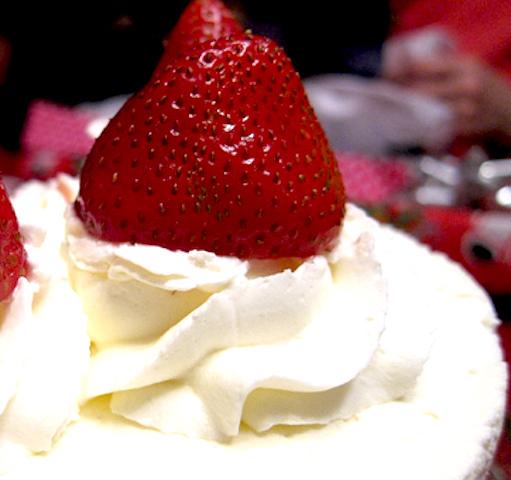 マキューレーヴィレ、日本クオリティ、ケーキ屋、モリ・デザート・バー、イチゴショートケーキ、お店の看板メニュー