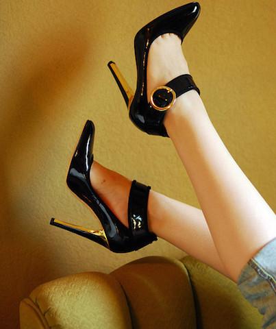 世界で一つだけのオーダーメイドシューズ、ジミーチュウの靴、手に入れる