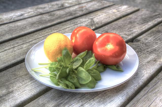 夏妊婦、食事の注意点、食事が偏る、アドバイス
