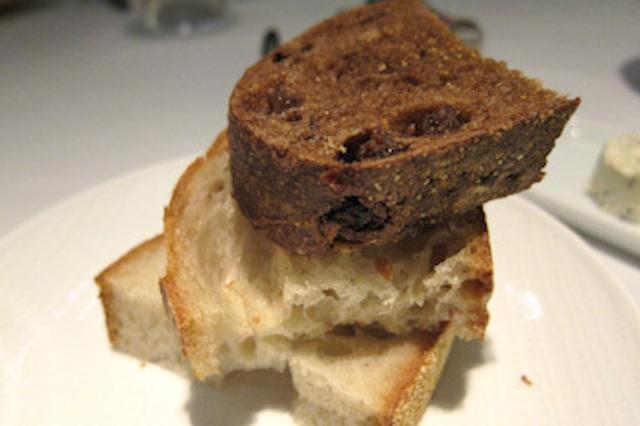 秋の味覚、ANAインターコンチネンタルホテル、ピエール・ガニェール、贅沢パンがお勧め