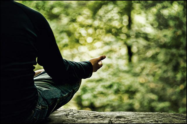 1日たった15分、瞑想、心も体も健康になる方法