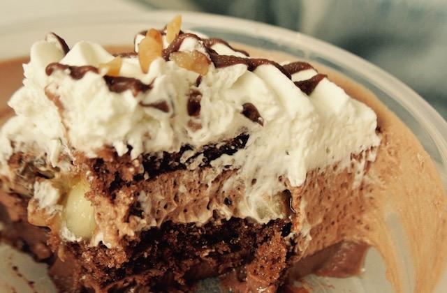 セブンイレブンの新スイーツ、バナナチョコムースケーキ