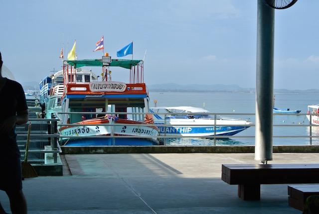 この夏行きたい、バンコクから3時間半、楽園、サメット島