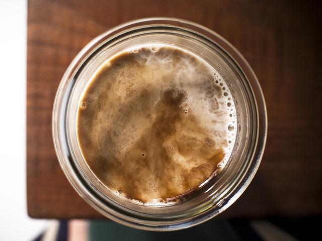 まるでギネスビール、クリーミーな泡、ニトロ・コールドブリュ、気になる