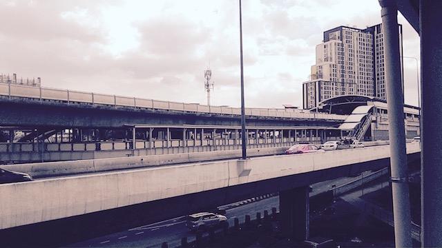 バンコク、渋滞緩和対策、噂、BRT、ラチャプルック、行く