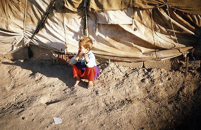 世界、極度、貧困状態、国が豊か、幸福ではない、日本人