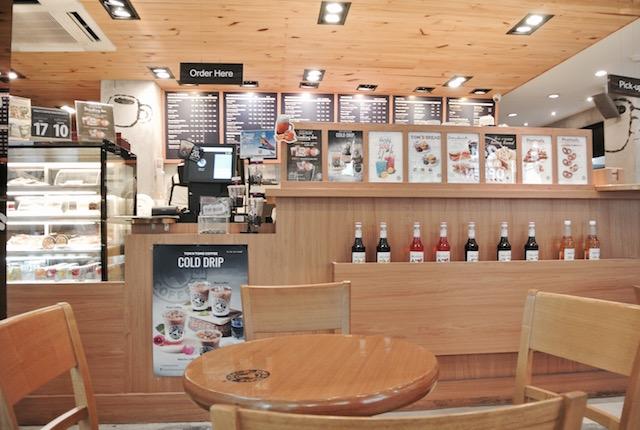韓国発、トムアンドトムス コーヒー、メニュー豊富、24時間営業、魅力