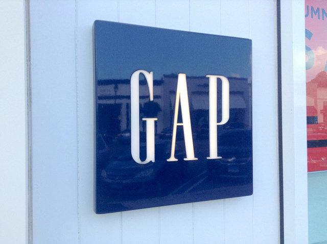 GAP、デニムフライデー、賛同、カジュアルとは言わせない
