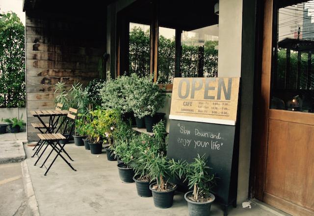 たまに、ゆっくり、お喋りを楽しむ、ルーム111、コワーキングスペース、カフェ