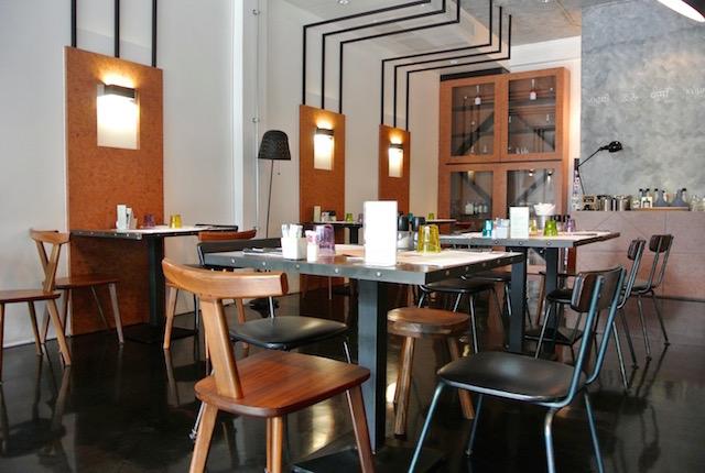 ヴィーガン、グルテンフリー、スーパーフードメニュー、クミレストラン&ヘルシーコーナー