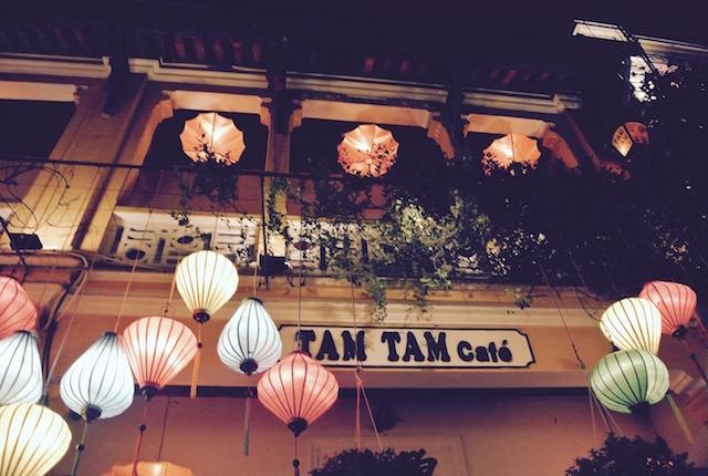 まるで映画のセット、ホイアン、ベトナム風中華、レストラン、タムタム