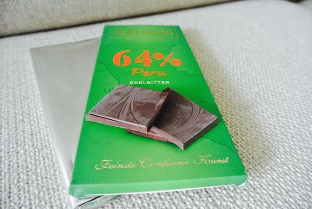 ドイツ、スーパー、高級チョコレート、ハイレマン、ペルー64%